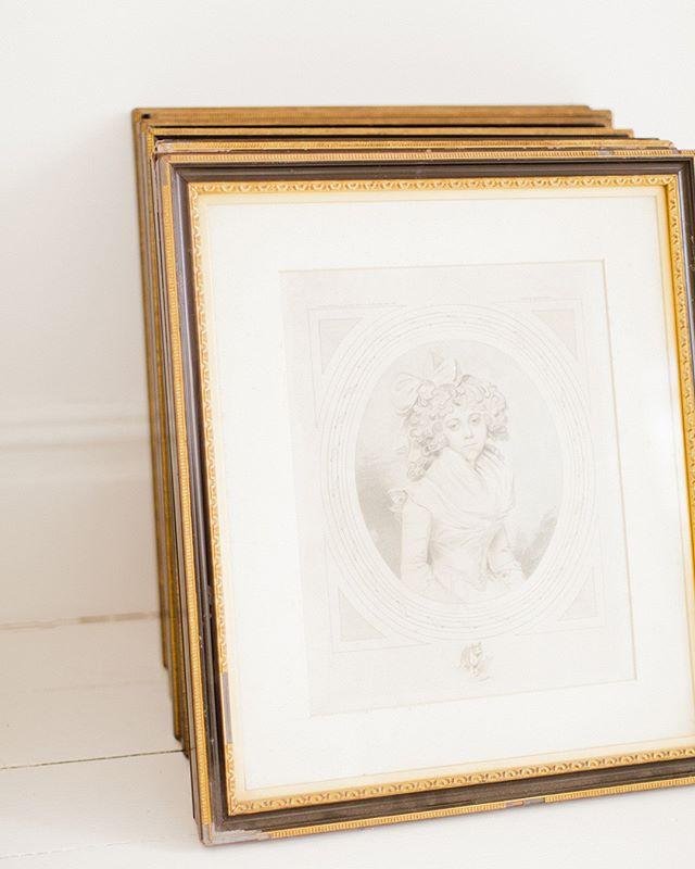 Antique prints on location⠀⠀⠀⠀⠀⠀⠀⠀⠀ .⠀⠀⠀⠀⠀⠀⠀⠀⠀ .⠀⠀⠀⠀⠀⠀⠀⠀⠀ . ⠀⠀⠀⠀⠀⠀⠀⠀⠀ #photography #artbuying #artbuyer #stillsproducer #stillsproduction #campaignshoot #creativedirector #contentcreators #contentcreation #artdirector #photoproduction #goochandgawler #photoshoot #producer #photographer #London #UK #modeling #photos #photograph #models #fashionphotography #editorial #photogram #shooting #shoot #art #antiqueprints #vintageart #oldpaintings
