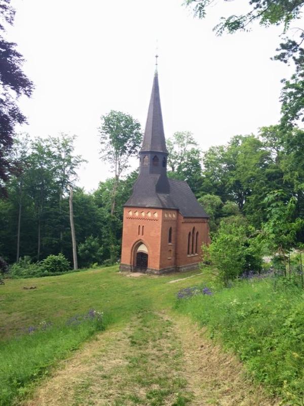 Church at the foot of the Schloss Berlepsch