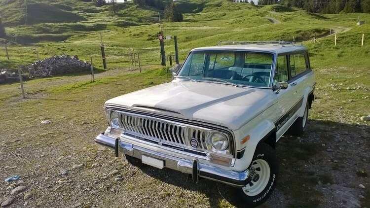 jeep-cherokee-chief-front-face.jpg