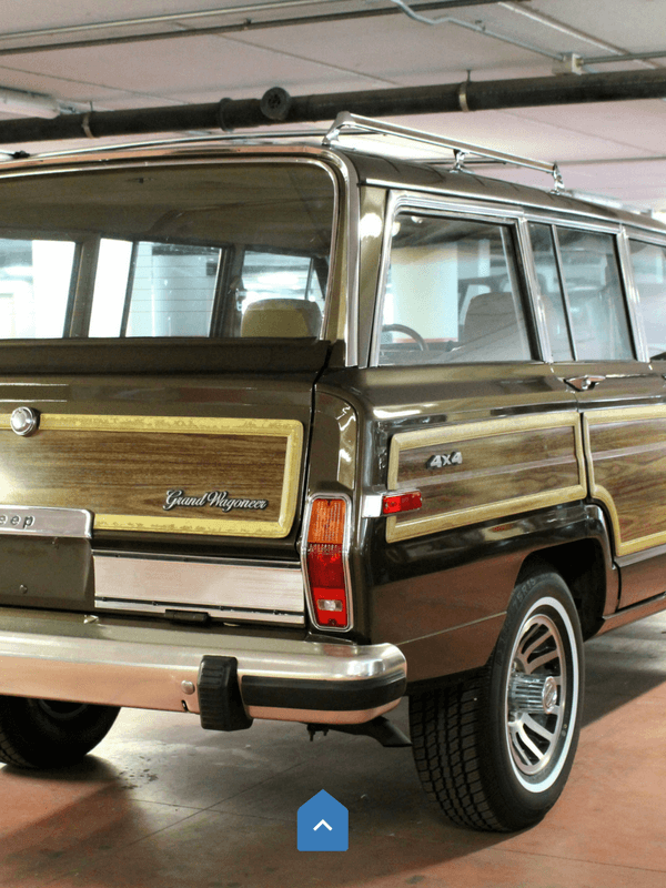 Jeep-grand-wagoneer-bumper-nerf-booking-rear-set