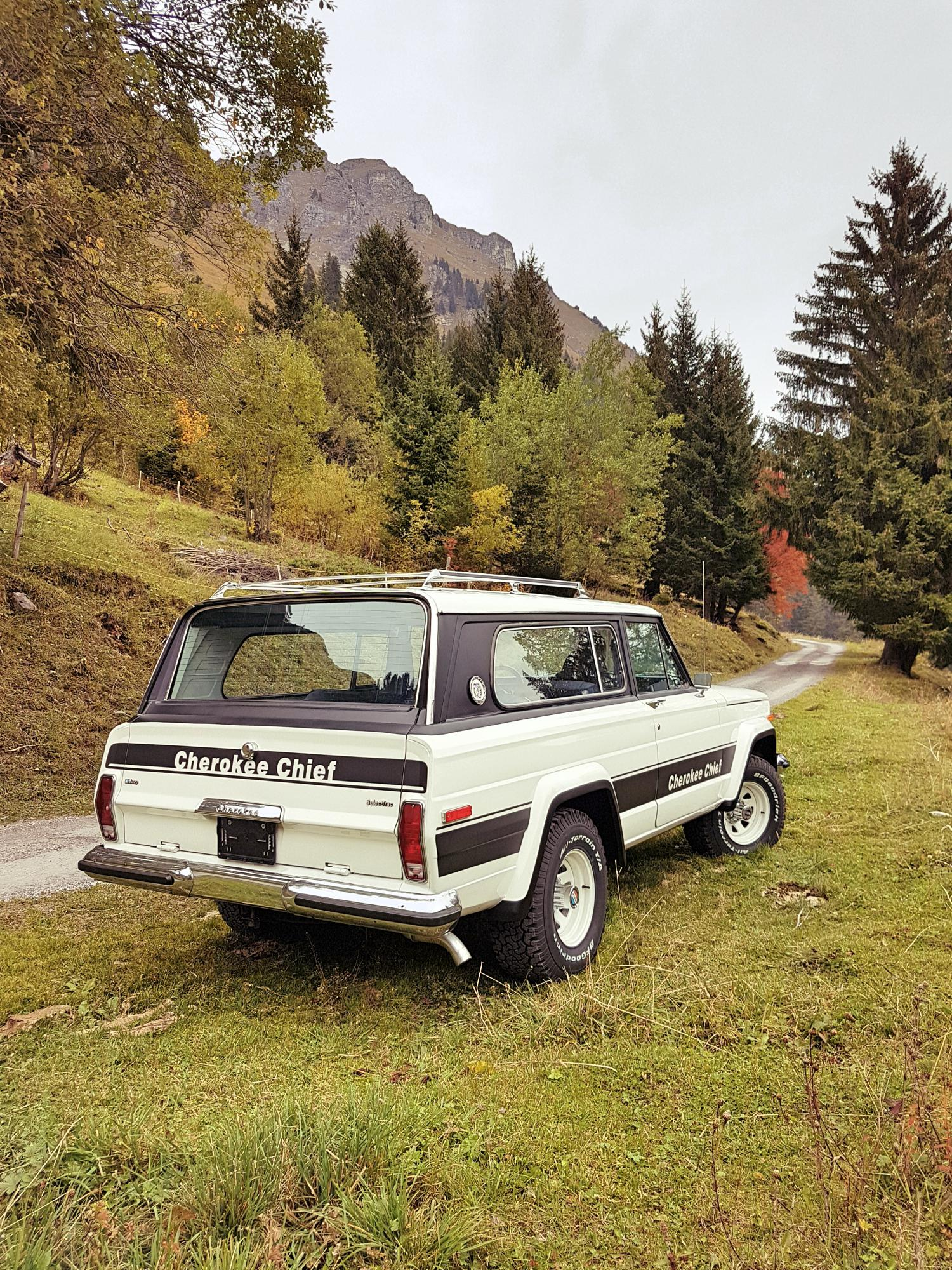 jeep-cherokee-chief-1978-shooting-morgins-switzerland-32.jpg