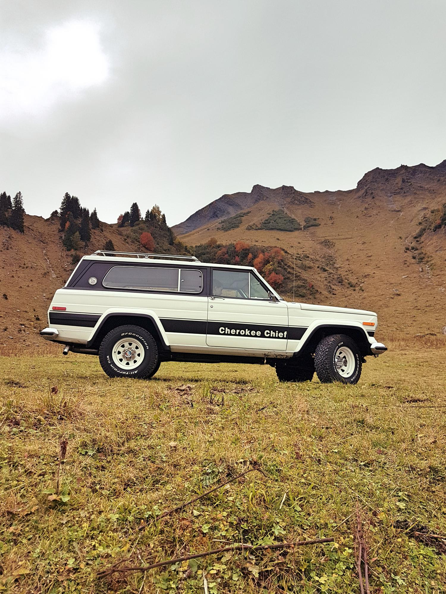 jeep-cherokee-chief-1978-shooting-morgins-switzerland-56.jpg