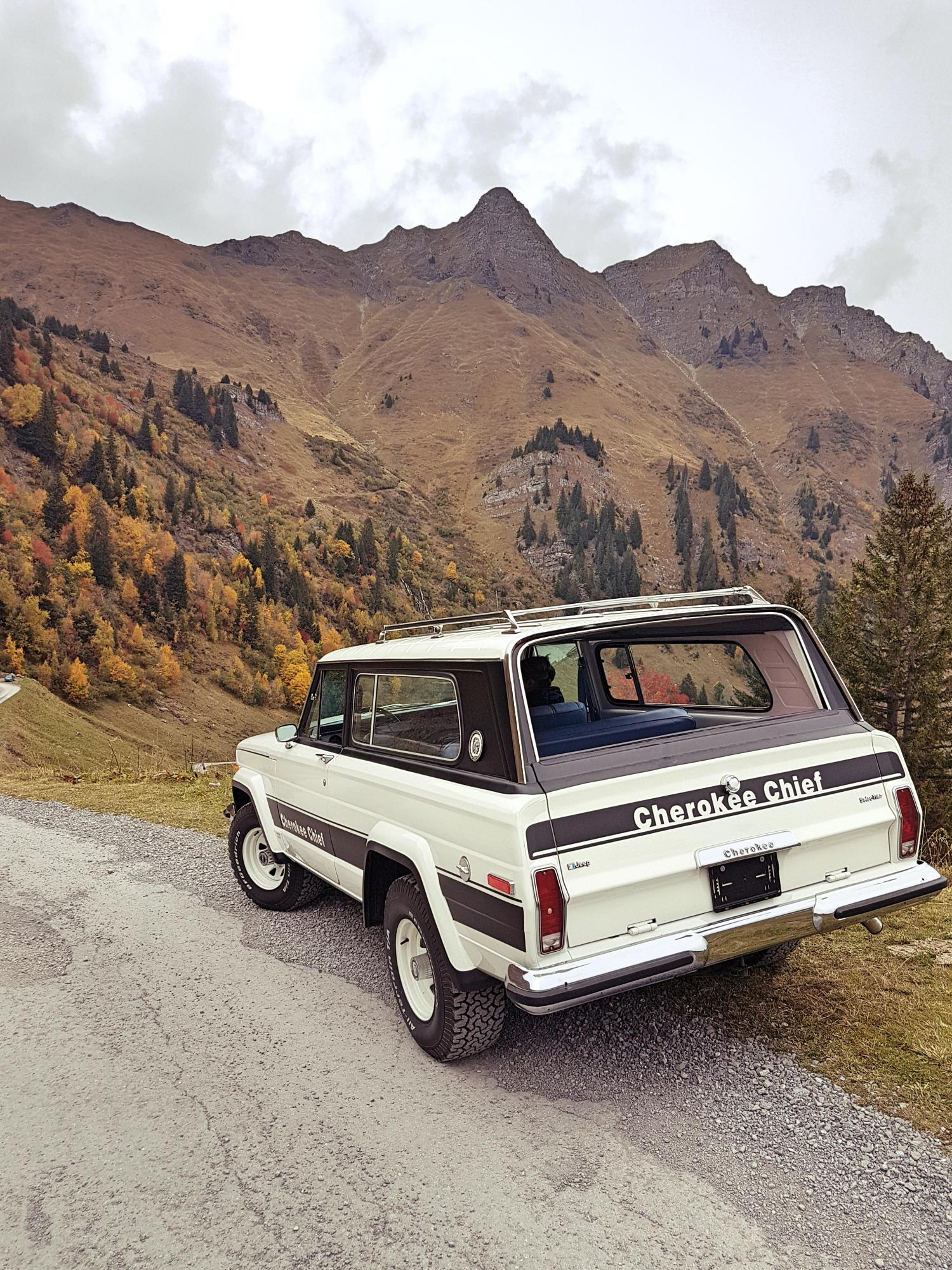 jeep-cherokee-chief-1978-shooting-morgins-switzerland-86.jpg