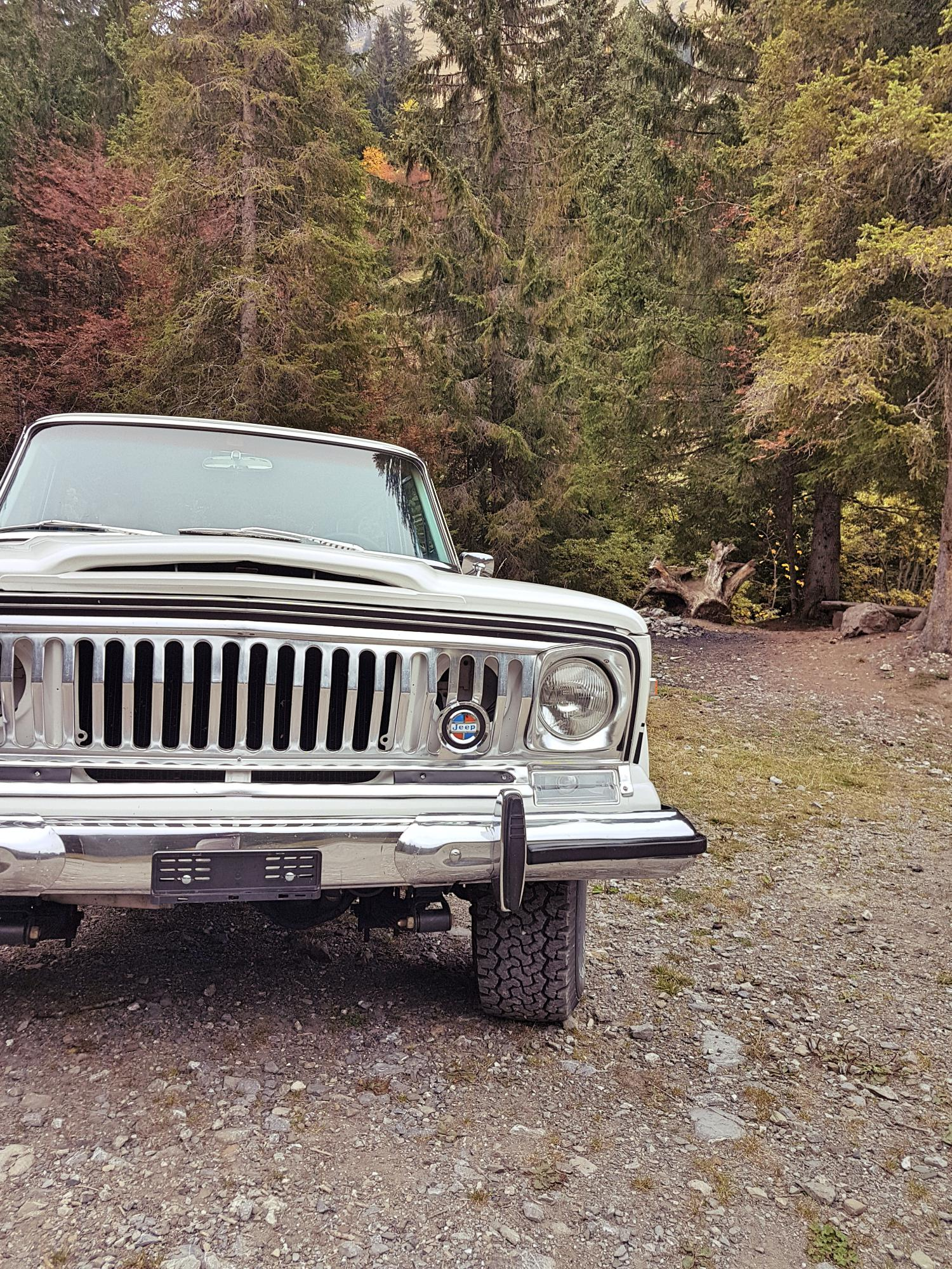 jeep-cherokee-chief-1978-shooting-morgins-switzerland-110.jpg