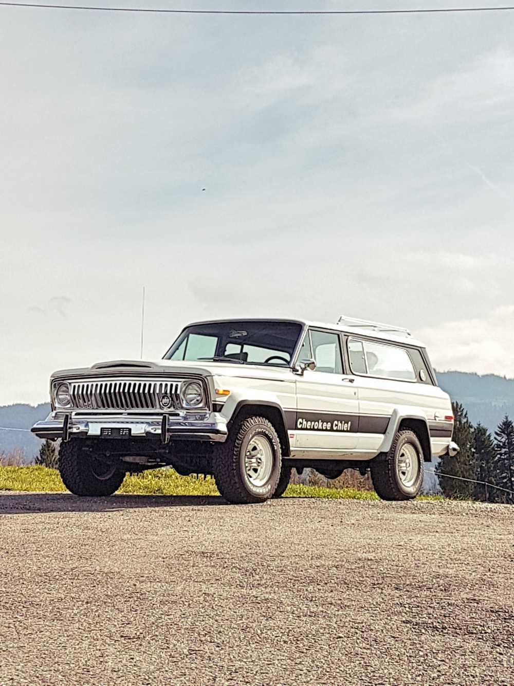 jeep-cherokee-chief-1978-shooting-moleson-6