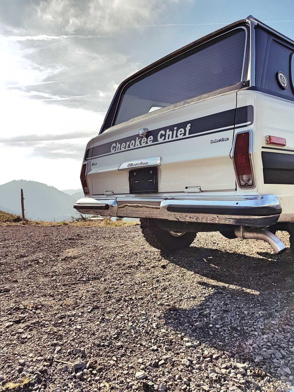jeep-cherokee-chief-1978-shooting-moleson-27