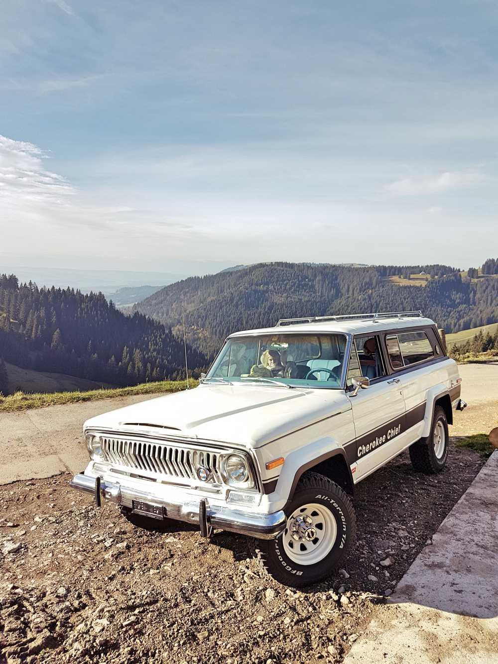 jeep-cherokee-chief-1978-shooting-moleson-50