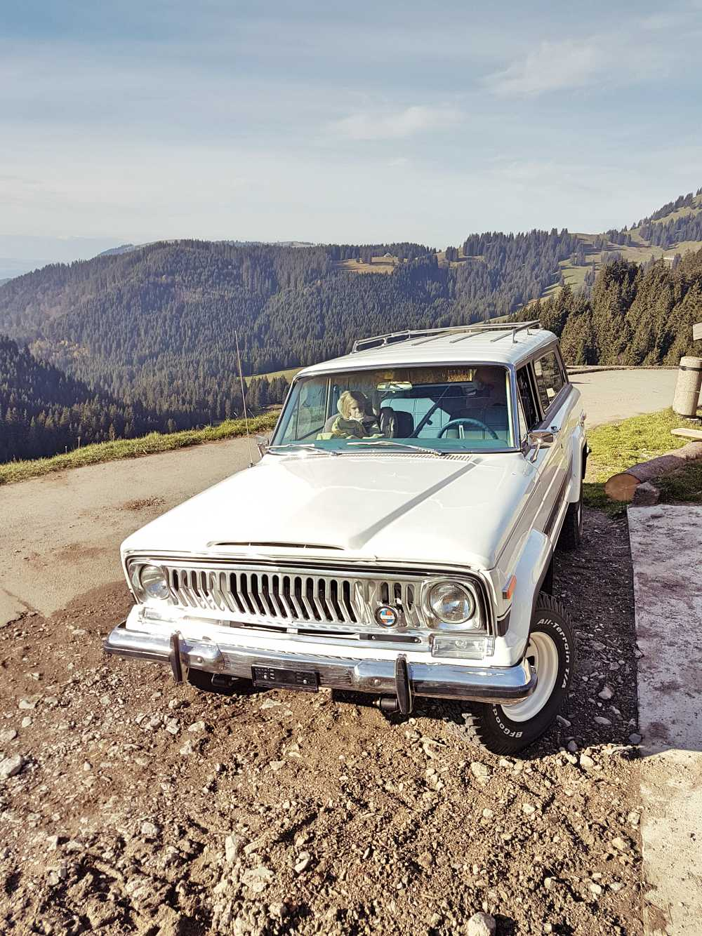 jeep-cherokee-chief-1978-shooting-moleson-51
