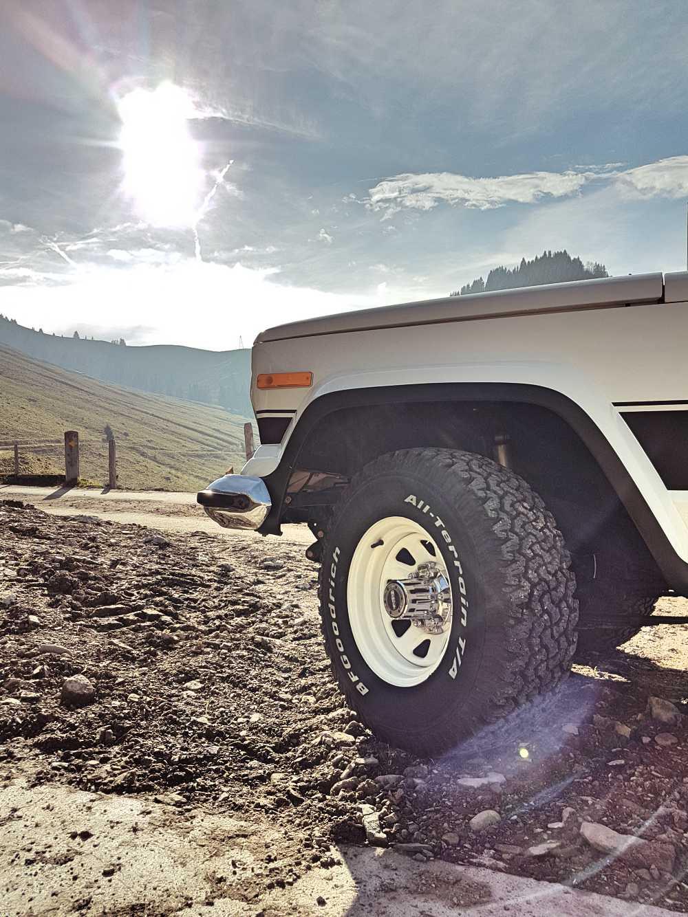 jeep-cherokee-chief-1978-shooting-moleson-56