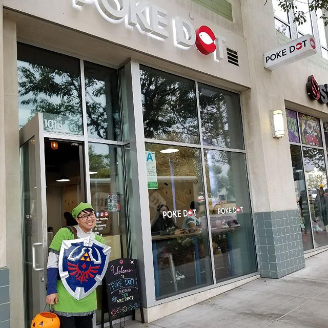 Link is at the store!!🎊😀 #hyrule @pokedotlove we hope you're all having a fun and safe Halloween!! #halloween #claremontvillage #pokedotlove #pokedot #poke