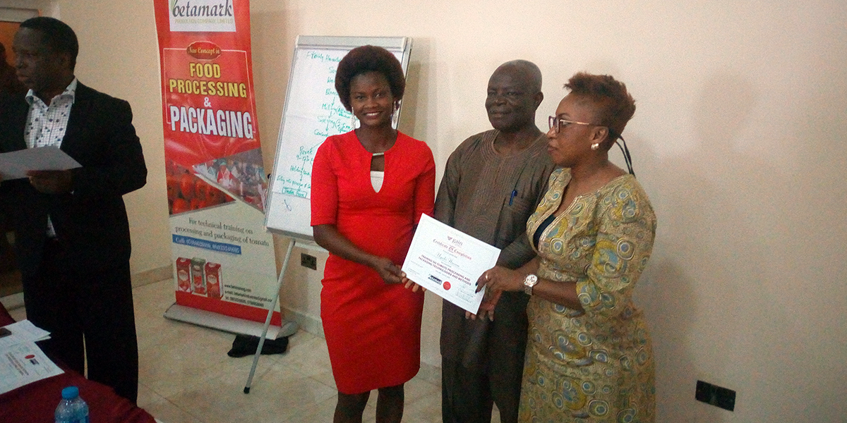 ColdHubs staff and customers participated in the Global Alliance for Improved Nutrition (GAIN), in partnership with USAID and Rockefeller Foundation, three days training on the processing and packaging of tomatoes. During the training, different methods of processing were taught and certificates were issued to participants. The Bank of Agriculture was also present during the workshop to extend credit to interested entrepreneurs. ColdHubs appreciates the incredible support it continues to receive from GAIN!