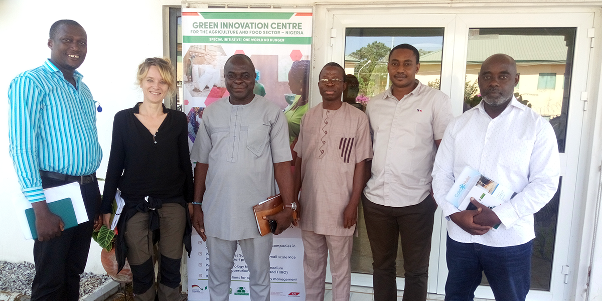 The German International Cooperation (GIZ) and ColdHubs are conducting a study review our business model and to identify additional high potential markets and farm clusters as we scale our technology and service throughout Nigeria. Dr. Georgia Badelt, of GeoCode International is leading a consultancy supported by GIZ studying ColdHubs business model, statistics of present users and income increase margins by our customers.  During her time is Nigeria, Dr Badelt visited our operations in Imo State, interacted with our customers extensively, meet our Hub Operators, interacted with ColdHubs management, the team at GIZ Green Innovation Center and Technoserve.