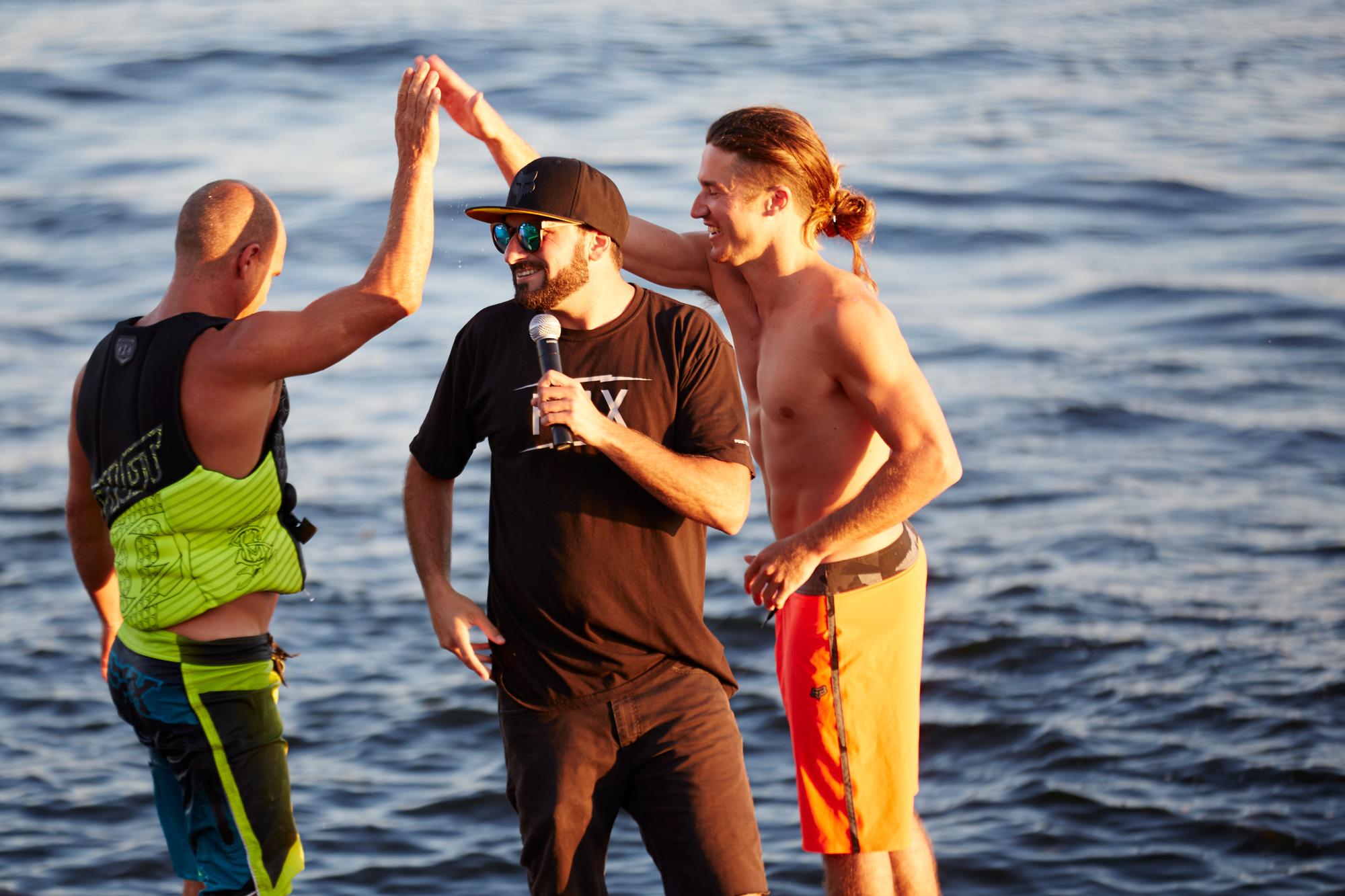 Aqua-bat_wakeboarders-minocqua-071715_284.jpg
