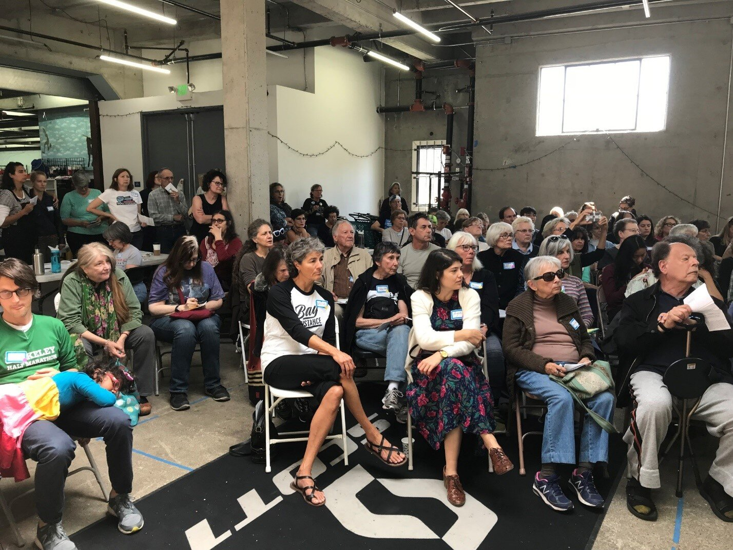 Standing-room only meeting of Indivisible East Bay