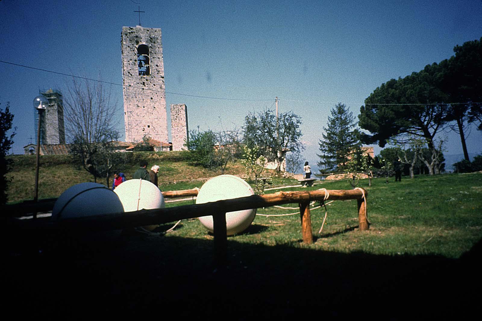 View-of-installation-San-Gimignano-2001-2.jpg