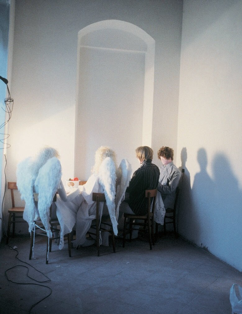 View-of-installation-Colle-di-Val-d'Elsa-1998-Photo-by-Emilia-Kabakov.jpg