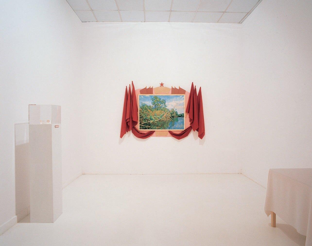View-of-installation-Museum-van-Hedendaagse-Kunst-Antwerp-1998-Photo-by-Dirk-Pauwels-10.jpg