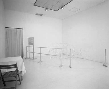 View-of-installation-Museum-van-Hedendaagse-Kunst-Antwerp-1998-Photo-by-Dirk-Pauwels-7.jpg
