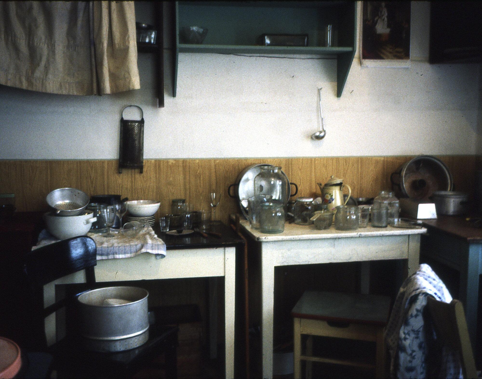 Voices-Behind-the-Door-Leipzig-1996-Photo-by-Emilia-Kabakov-005.jpg