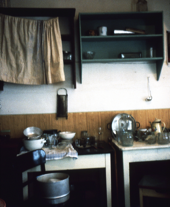 Voices-Behind-the-Door-Leipzig-1996-Photo-by-Emilia-Kabakov-006.jpg