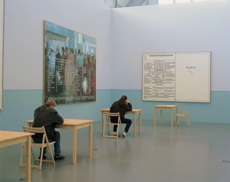 View-of-installation-Deichtorhallen-Hamburg-1996-Photo-by-Dirk-Pauwels.jpg
