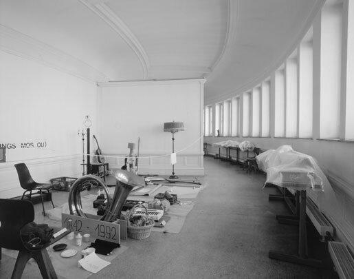 View-of-installation-in-the-domed-room-Museum-van-Hedendaagse-Kunst-Ghent-1993-Photo-by-Dirk-Pauw.jpg