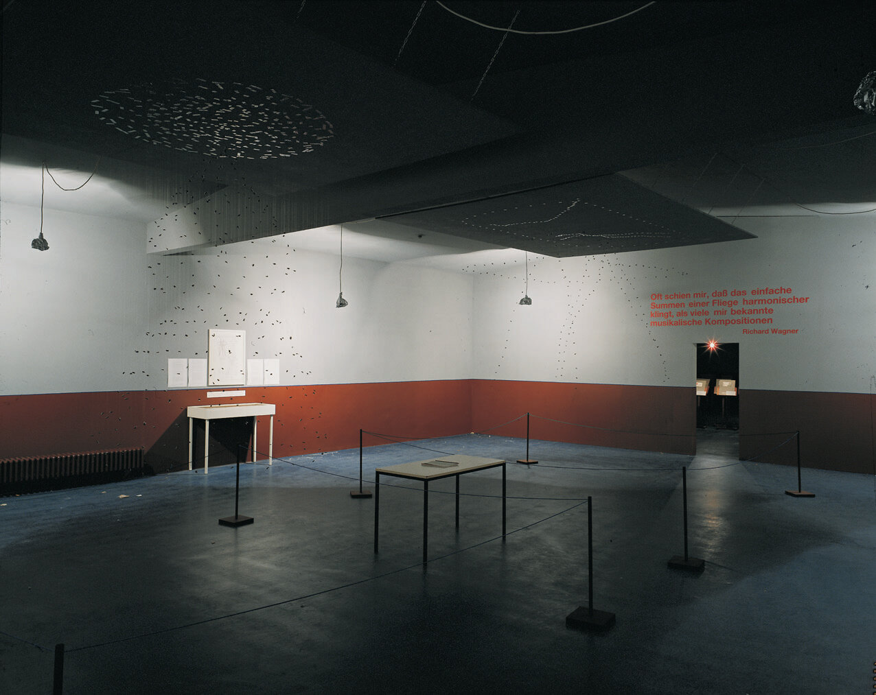 View-of-installation-room-2-Kölnischer-Kunstverein-Cologne-1992-Photo-by-Boris-Becker.jpg