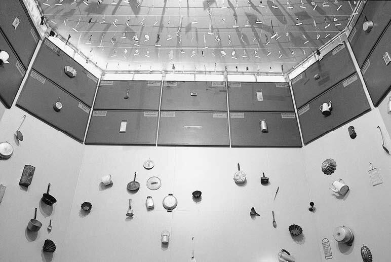 View-of-installation-Sezon-Museum-of-Modern-Art-Karuizawa-1993-Photo-by-Akira-Nakamura-2.jpg