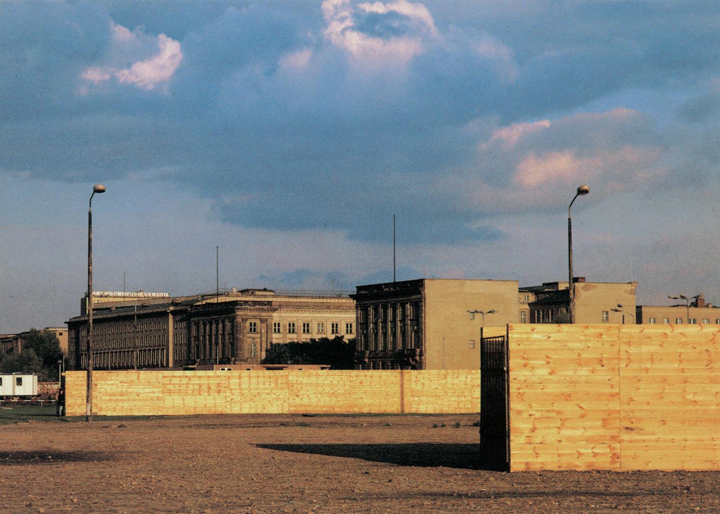 View-of-installation-Potsdamer-Platz-Berlin-1990-Photo-by-Michael-Harms.jpg