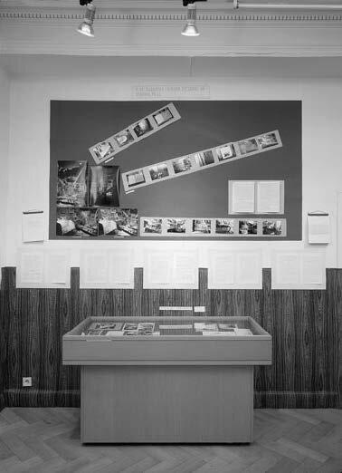 View-of-installation-daad-Galerie-Berlin-1989-Photo-by-Werner-Zellien.jpg