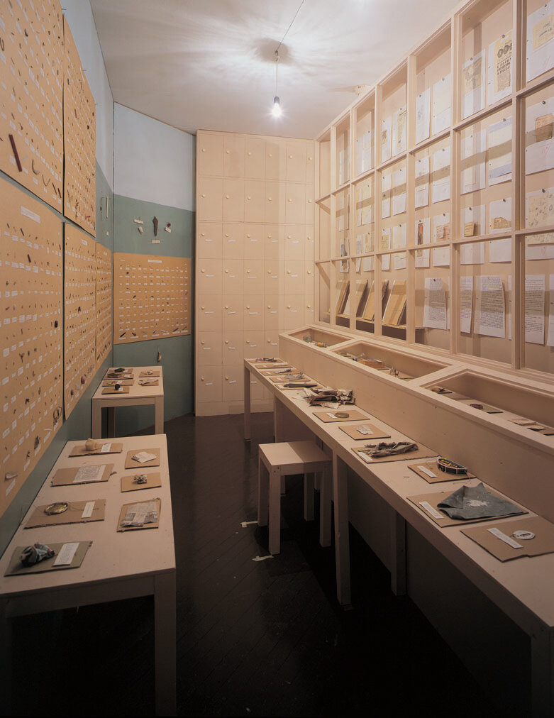 The-Garbage-Man-View-of-installation-Museet-for-Samtdiskunst-Oslo-1995-.jpg