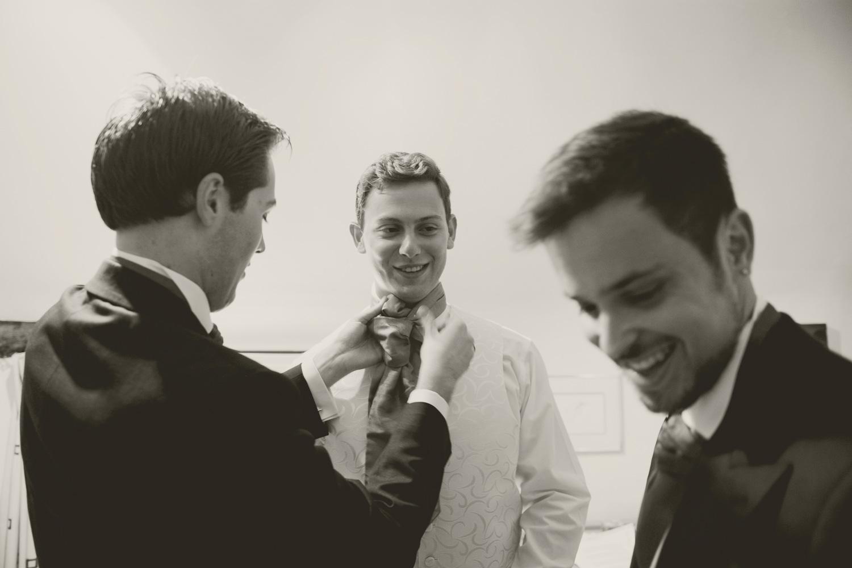 grooms16bwsmall