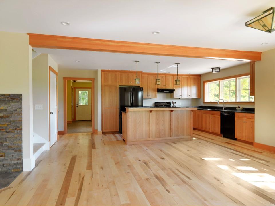 Charlotte Bungelow kitchen 2.jpg