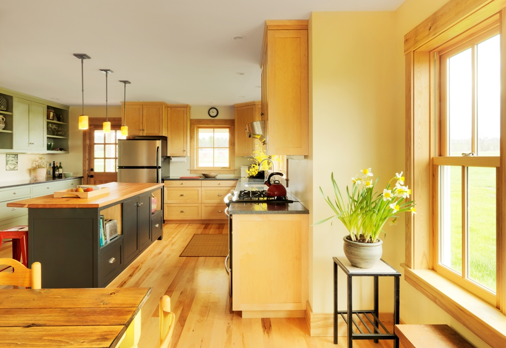 Charlotte Farmhouse Kitchen : dining.jpg
