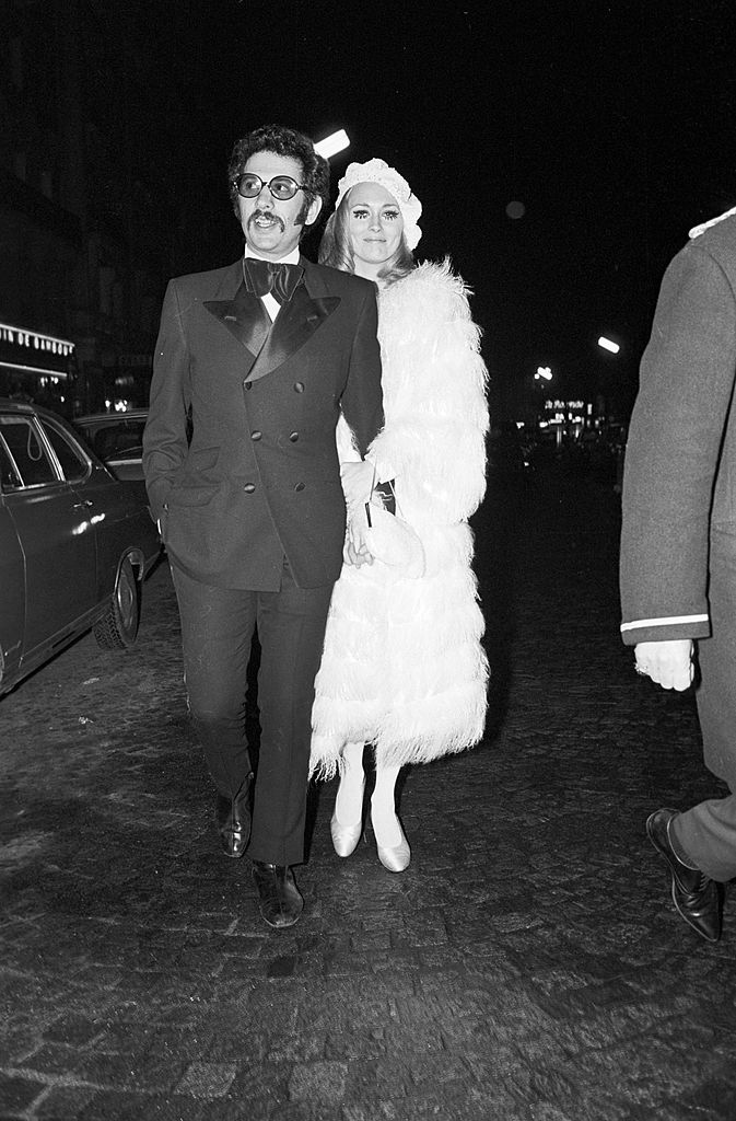Jerry Schatzberg and Faye Dunaway on their way to the afterparty for the French premiere of 'Bonnie & Clyde' on January 24, 1968.