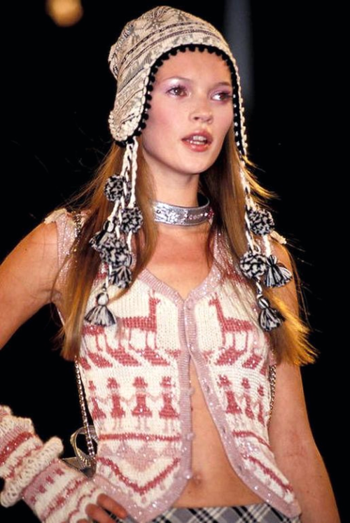 Kate Moss at Anna Sui's s/s 1993 show.