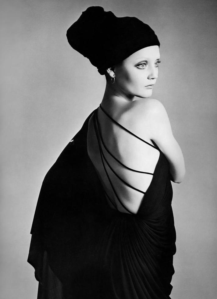 Ingrid Boulting photographed by Richard Avedon, 1970.