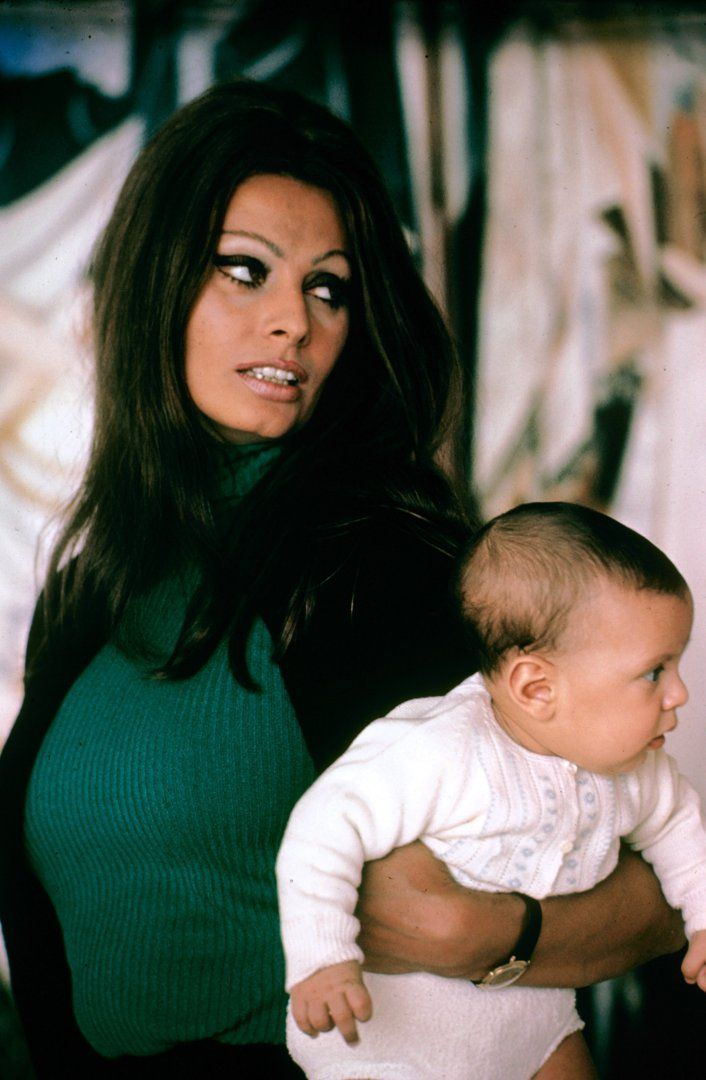 Alfred Eisenstaedt photographed the Italian actress, who turns 81 on Sept. 20, as a new mother in 1969.jpg