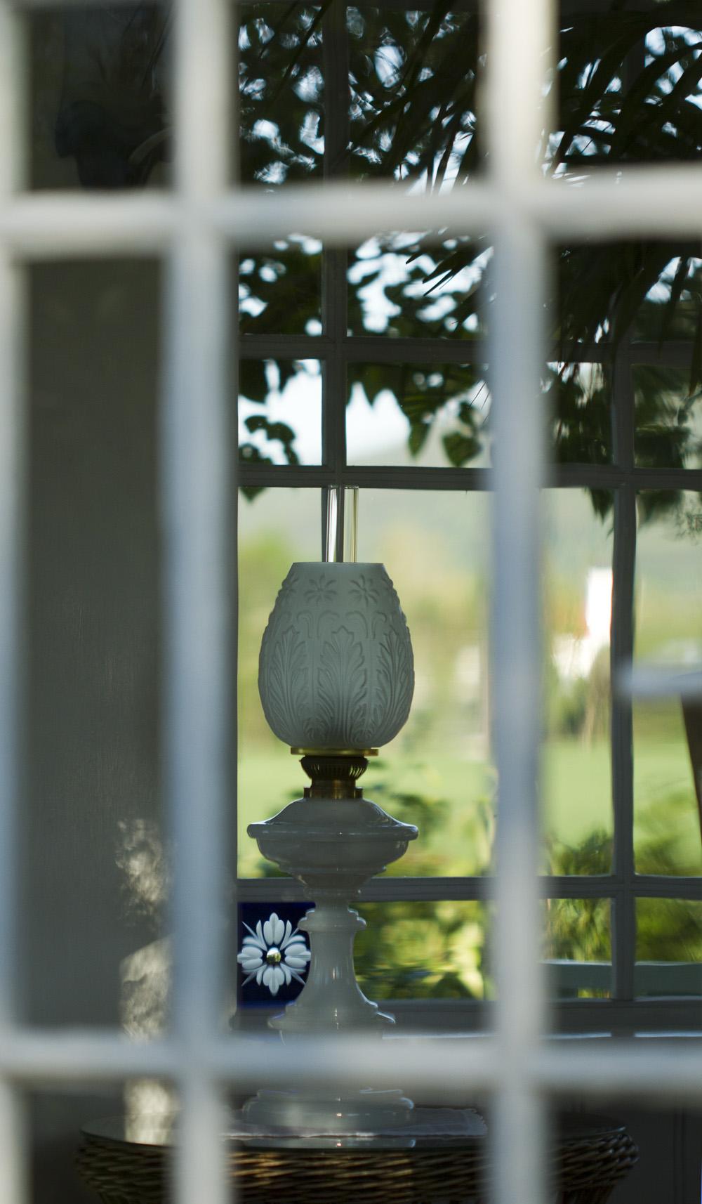 """""""Ny"""" lampe i lysthuset. Jeg har lenge ønsket med bordlampe og fikk denne flotte av eldstesønnen."""