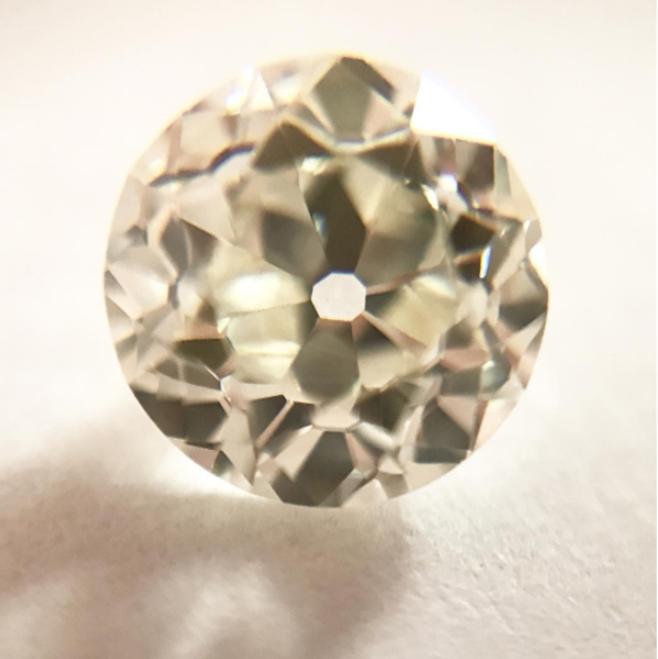 Example of a 1.5 Carats of Old European mystique