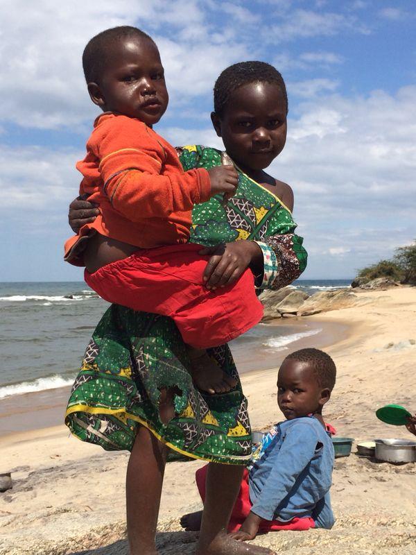 ! Shobana_three kids at shore.jpg