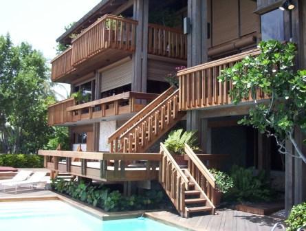 Multi-level wood deck in Miami area