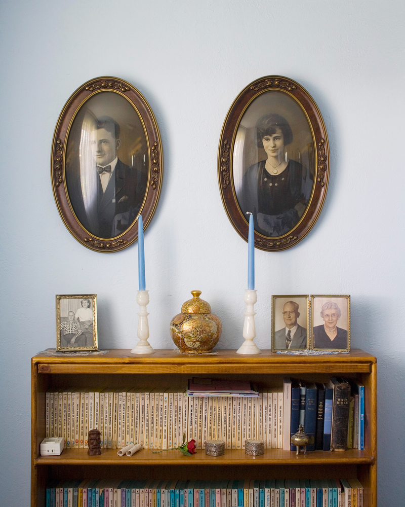 """Title: 5032A-19617 (family pictures), Archival pigment print, 20x16"""", 2008"""