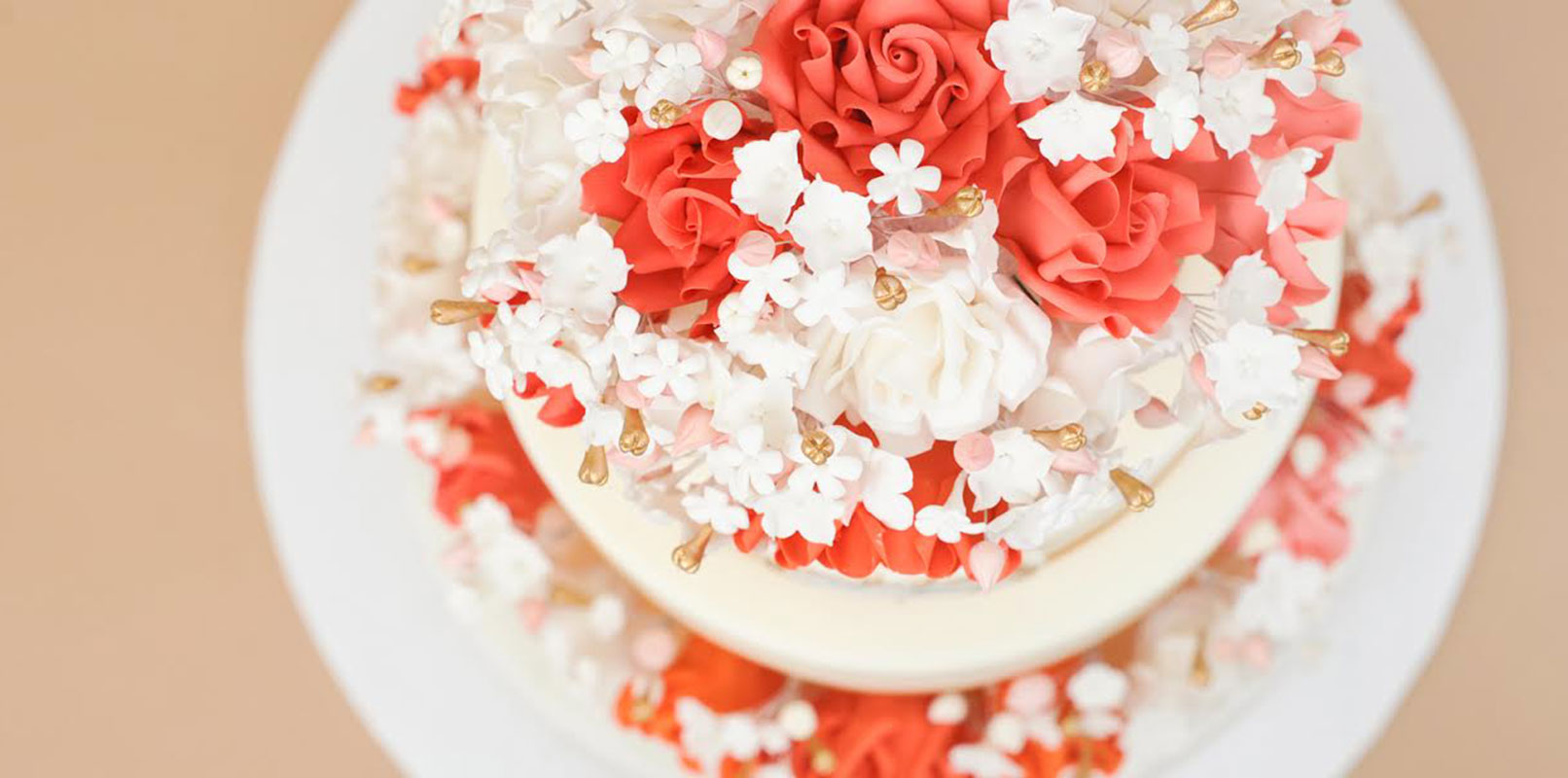 VIEW OUR WEDDING CAKE SELECTIONS