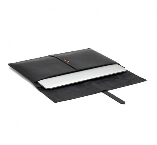 Sleek and Sexy Laptop Sleeve