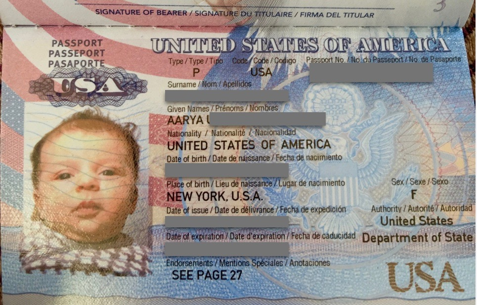 Tiny, tiny passport for a tiny passenger - 3 Days*