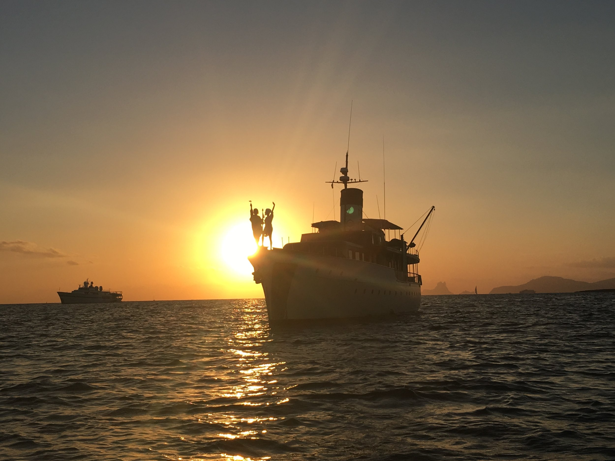 The MAID MARION II during sunset in the Mediterranean - 3 Days*