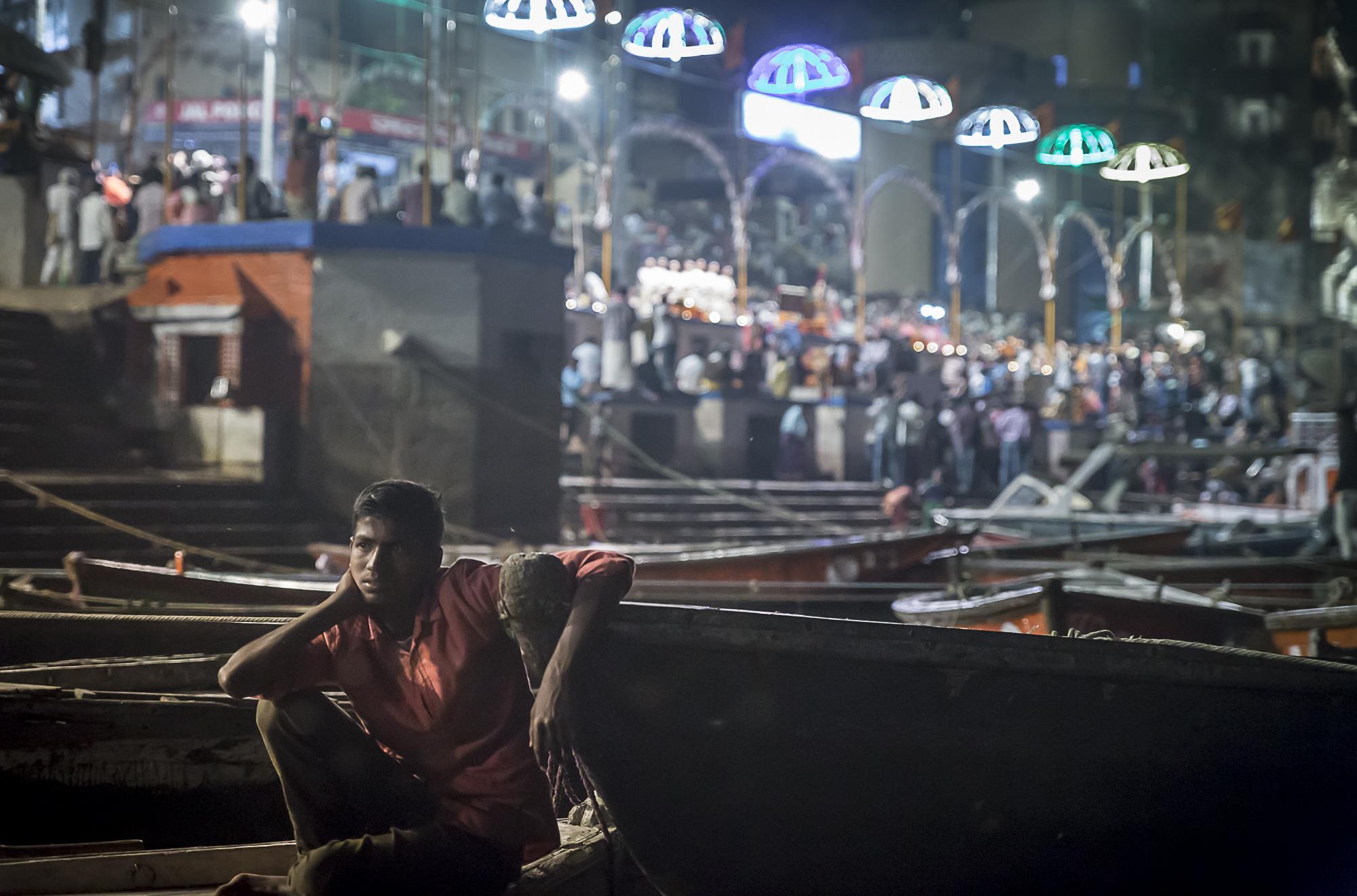 Varanasi, India - Hindu evening ceremony at the Dashashwamedh Ghat, 3 Days* - Barbara Huber
