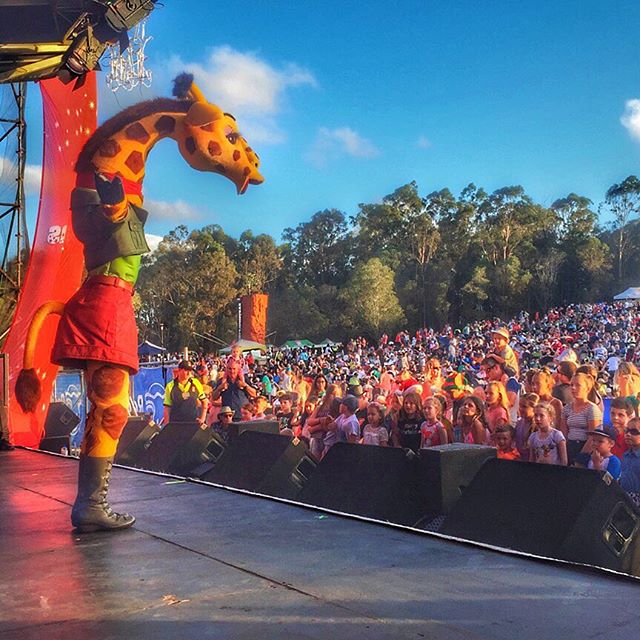Ginger Giraffe WOWing the crowd of 10,000 at Christmas by Starlight!!! This girl knows how to get an audience swinging!! #sirrometwinery #rockinchristmas2015 #wewentoff @beauyoung__ @beauyoungsurfboards