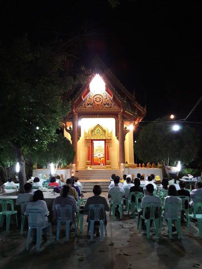 Meditation at the Khao Tao temple